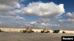 Американские военные на базе ВВС Айн аль-Асад в провинции Анбар, Ирак (13 января 2020 г.)