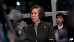 聯合國新任緬甸人權問題特使李亮喜在仰光召開的新聞發佈會上對記者講話(2014年7月26日)