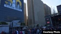 Hội chợ Super Bowl ở San Francisco (ảnh Bùi Văn Phú).