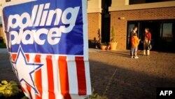 Amerikanë votojnë, anketat parashikojnë fitore të republikanëve