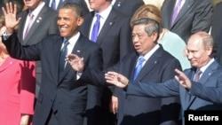 Presiden Susilo Bambang Yudhoyono bersama Presiden AS Barack Obama dan Presiden Rusia Vladimir Putin dalam KTT G20 di St.Petersburg awal September. (Reuters/Sergey Guneev/RIA Novosti)
