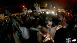 Las recientes muertes de jóvenes afroestadounidenses a manos de la policía ha desatado violentas protestas en distintos estados del país.