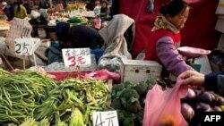 Cene hrane u Kini u oktobru bile su značajno veće u odnosu na isti mesec prošle godine