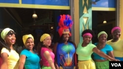 The Caribbean Marketplace's Creole dancers pose for a photo in Little Haiti, Miami, Florida. (Photo: S. Lemaire / VOA)