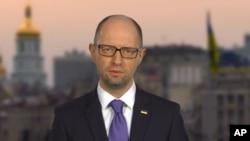 아르세니 야체뉵 우크라이나 총리가 지난 10일 TV 연설을 통회 사임을 발표했다.