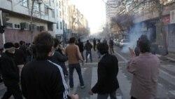 کيهان: در تظاهرات ۲۵ بهمن ماه چند صد نفر شرکت داشتند