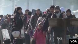 Tantangan kemanusiaan bagi pengungsi di Eropa.
