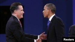 美國總統奧巴馬與共和黨總統候選人羅姆尼在佛羅里達州的博卡拉頓進行總統選舉前的最後一場辯論。