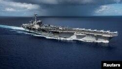 美国海军航空母舰卡尔·文森进入菲律宾海域(2017年4月23日)