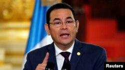 El presidente de Guatemala Jimmy Morales durante un discurso en el Palacio Nacional de la Cultura en Ciudad de Guatemala, el 6 de septiembre de 2018. Morales conversó con el secretario de Estado de EE.UU. sobre el trabajo de la Comisión Internacional Contra la Impunidad cuyo mandato el líder guatemalteco terminó antes de tiempo.