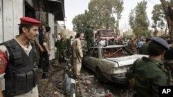 예멘 국방장관 모하메드 나시르 아마드를 대상으로 한 차량 폭탄 테러 현장.