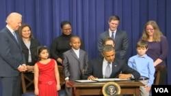 Tổng thống Obama gọi việc giữ an toàn cho trẻ em 'là nhiệm vụ đầu tiên của Hoa Kỳ với tư cách là một xã hội'