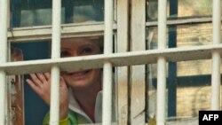 Тимошенко сможет посетить больницу за пределами тюрьмы