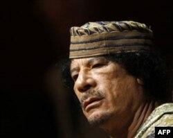 Qaddafiy: Liviya qonga belansin, mayli, alanga olsin