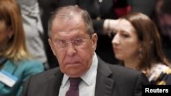 """El ministro Sergei Lavrov comentó que Moscú le dijo a la oposición de Venezuela que no """"resuelva sus problemas internos provocando interferencias externas""""."""