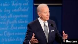 Demokratski kandidat Džo Bajden u prvoj predsedničkoj debati u Klivlendu u Ohaju, 29. septembra 2020.