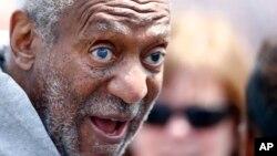 Bill Cosby bertemu para atlet di Penn Relays, Philadelphia, 2014 (Foto: dok).