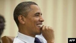 Президент США провел телефонный разговор с премьер-министром Латвии