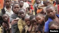 Des enfants déplacés dans les zones de conflit en RDC, 13 juillet 2012.