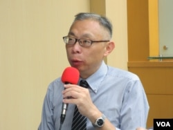 台灣師範大學政治系教授范世平