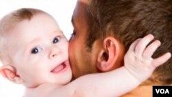 Tingkat depresi pada ayah mencapai lebih dari sepuluh persen, dua kali lipat dibanding tingkat depresi pada pria secara keseluruhan.