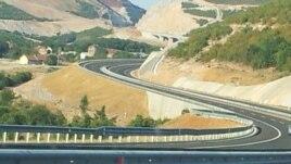 Kosova ndërton autostradën drejt Maqedonisë