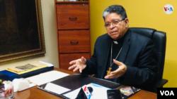 José Luis Azuaje, presidente de la Conferencia Episcopal Venezolana,conversó con la Voz de América el martes 12 de febrero de 2020. (Foto: Gustavo Ocando, VOA)