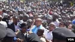 Moïse Katumbi a été accueilli par ses partisants à Lubumbashi, lors de sa seconde audience avec les magistrats.