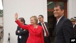 Χίλαρυ Κλίντον και Ραφαέλ Κορρέα.