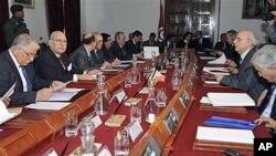 حکومهتی کاتی تونس له میانهی یهکهم کۆبوونهوهیاندا، پـێـنجشهممه 20 ی یهکی 2011