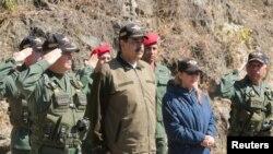 Tổng thống Venezuela Nicolas Maduro dự một cuộc diễn tập quân sự ở Caracas, ngày 1 tháng 2, 2019.