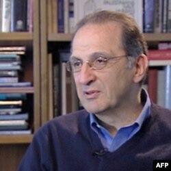Džejms Zogbi, Arapsko-američki institut