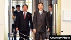朝鲜和韩国星期一在板门店举行第五次高层会谈