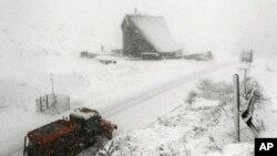 یورپ میں شدید سرد موسم، 125 سے زائد ہلاک