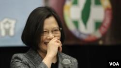 民进党总统候选人蔡英文在纽约会见侨界。(美国之音赵江拍摄)