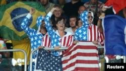 里约奥运会上的美国队的支持者们