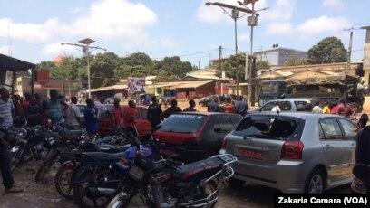 Une ville morte a été organisée à Conakry, en Guinée, le 12 mars 2018. (VOA/Zakaria Camara)