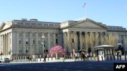نمایی از ساختمان وزارت خزانه داری (دارایی) ایالات متحده آمریکا، در شهر واشنگتن - آرشیو