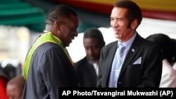 VaEmmerson Mnangagwa naVaIan Khama