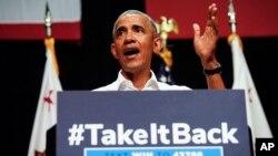 Cựu Tổng thống Barack Obama phát biểu trong nỗ lực vận động cho các ứng cử viên Đảng Dân dủ vào Quốc hội ở bang California, ngày 8 tháng 9, 2018, tại Anaheim.