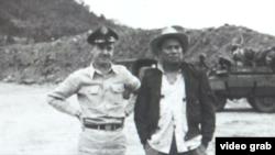Ông Edward Lansdale và ông Magsaysay, sau này đắc cử Tổng Thống Philippines
