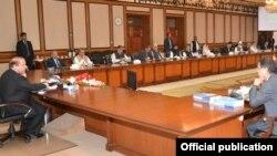 وفاقی کابینہ کا اجلاس (فائل فوٹو)