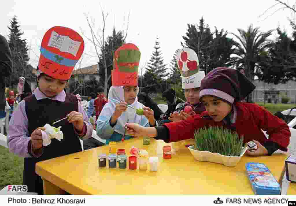 فستیوال تخم مرغ رنگی در مازندران