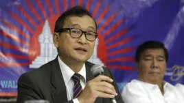 Foreign Affairs Minister Hor Namhong is suing Sam Rainsy for comments he made that linked the minister to the Khmer Rouge, during a speech in 2008.
