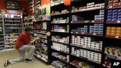 Giá các sản phẩm thuốc lá ở hầu hết các nước trên thế giới vẫn còn thấp một cách khó tin