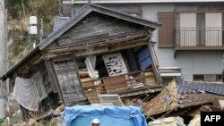 Cảnh tàn phá sau trận động đất và sóng thần ở Nhật hồi tháng 3