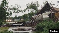 بخشی از خرابی توفان در فرانکلین در ایالت تگزاس