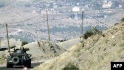 Türk Askerleri Zırhlı Birliklerin Desteğiyle Irak'a Girdi