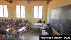 Escola Primária em Inhassoro, Inhambane