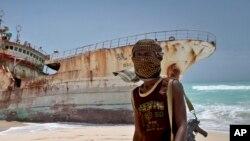 Les pirates somaliens rançonnent leurs captifs (AP)
